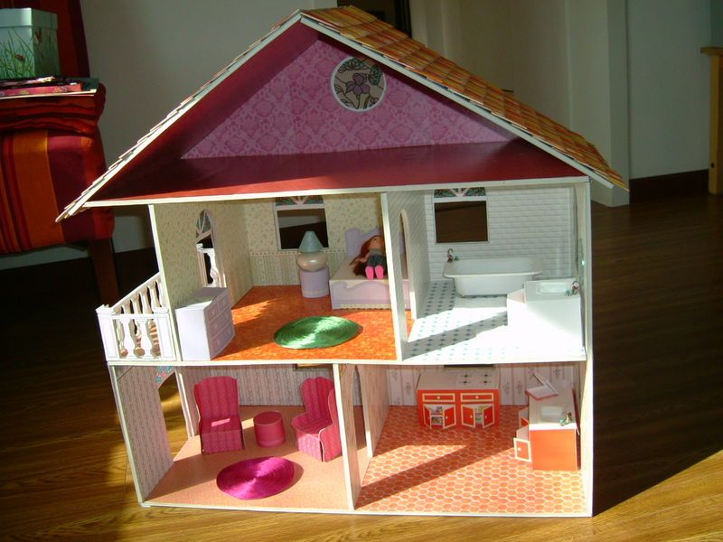 faire une maison de poup es avec les patrons calico critters sylvanian families stuff. Black Bedroom Furniture Sets. Home Design Ideas