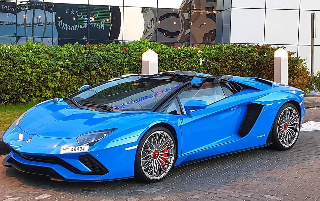 Rent Lamborghini Aventador Roadster S In Dubai Luxury Car Rental Rent A Car Supercar Rental
