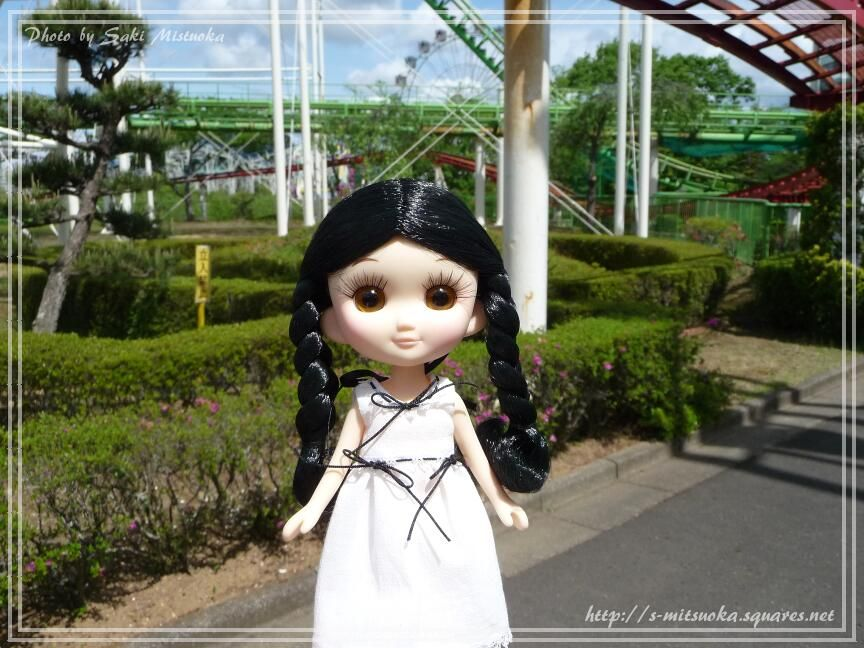 今日は家族で遊園地に行ってきた。 #doll #でこニキ #おでこちゃんとニッキ