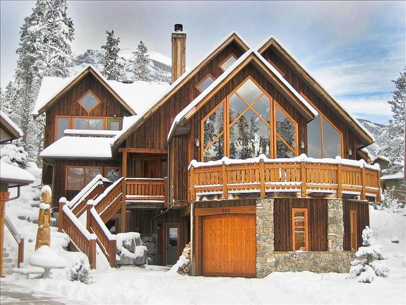 7 Stunning Banff Cabins That Will Rock Your World Banff Cabins Rent Cottage Cabin