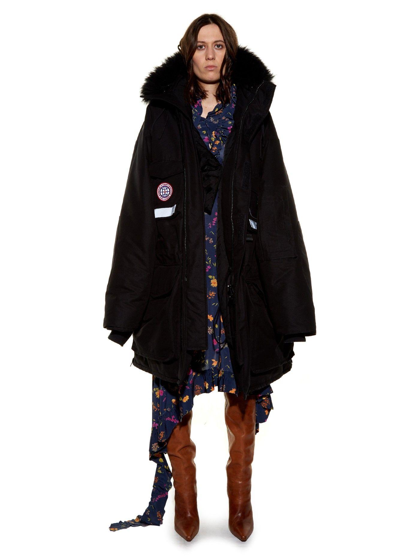 007291468605 Oversized fur-trimmed hooded parka