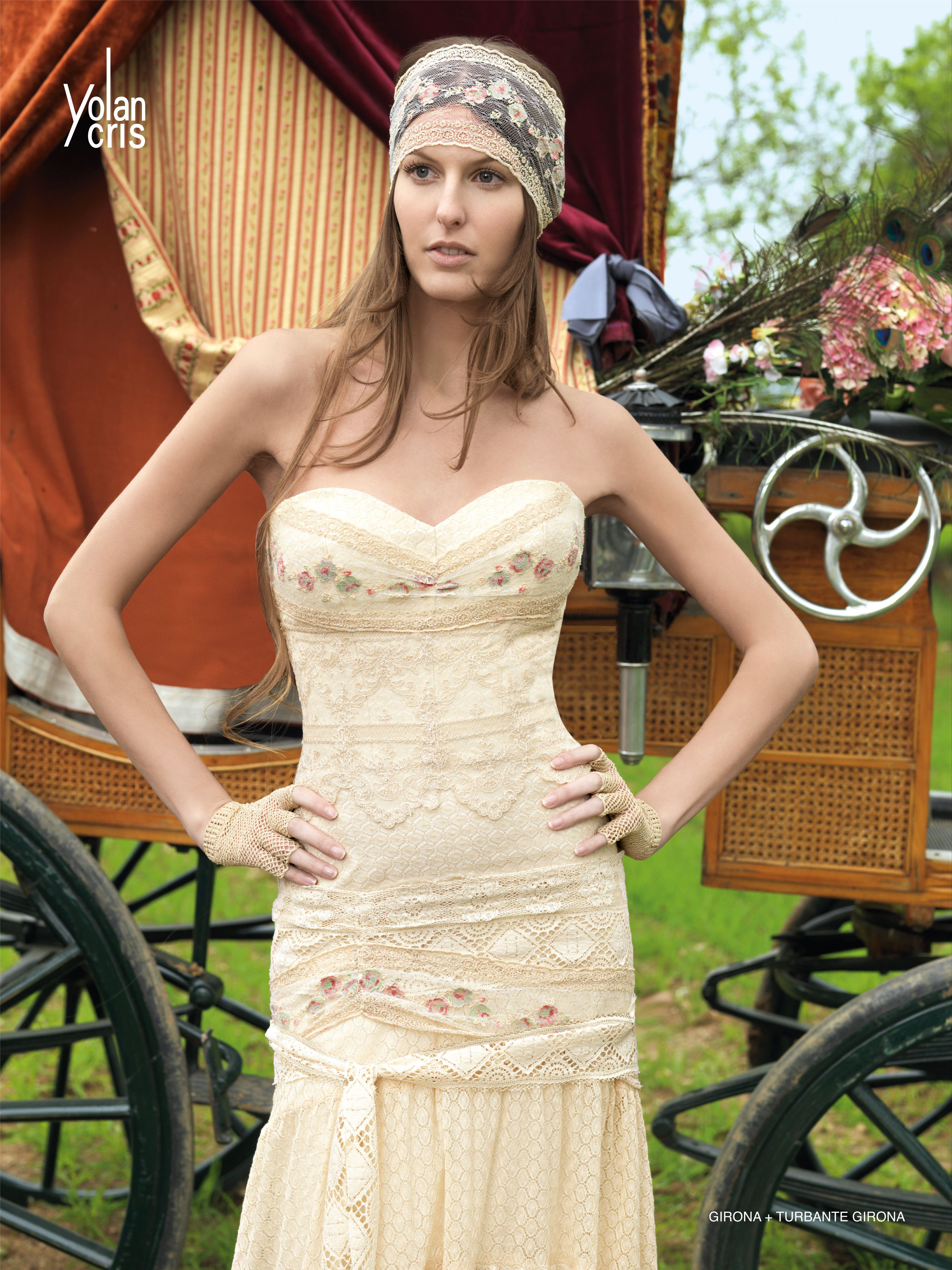 Ridiculous wedding dresses  Pin by Hasan Basar on Like  Pinterest  Perfect curves Clothes and