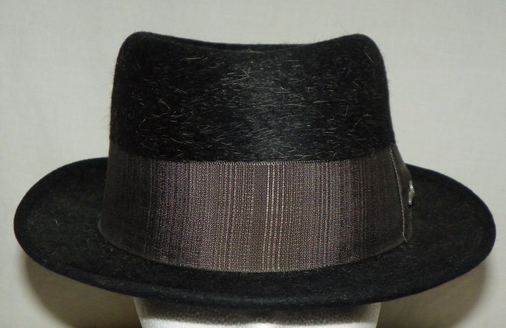 Black Wool Blend Fedora Gray Band Fly Fishing Reel Pin Beau Brummel Size 7  1 4  BeauBrummel  Fedora 10d91e73d1b7