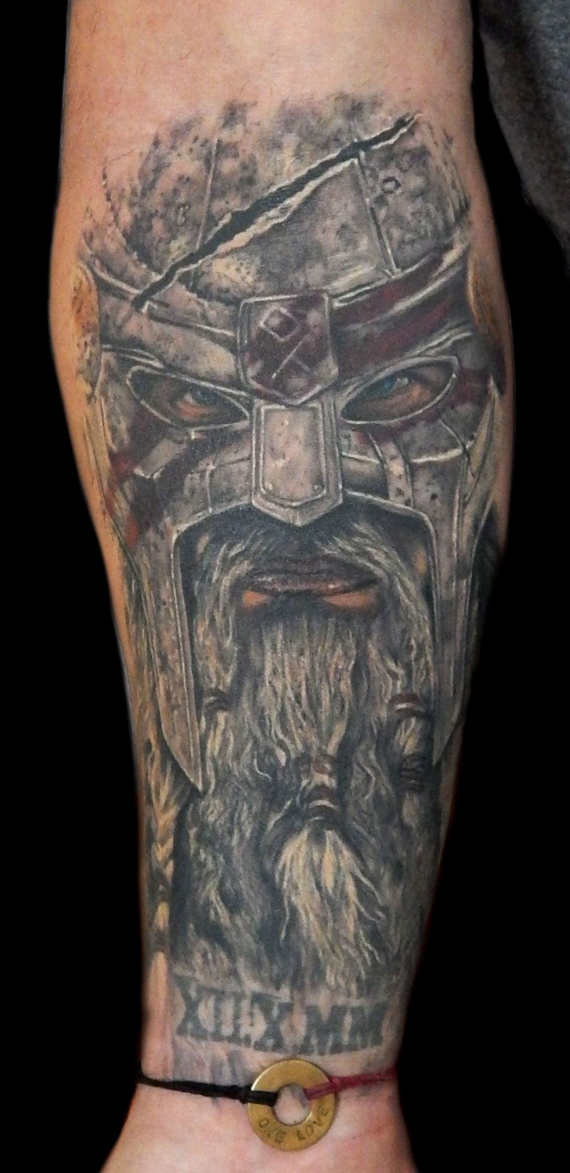 viking warrior tatouages vikings tatouage viking. Black Bedroom Furniture Sets. Home Design Ideas