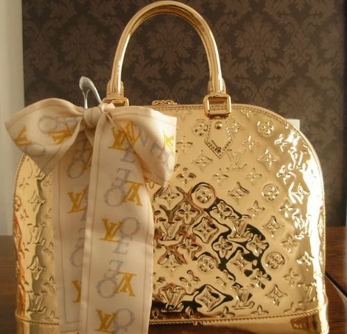 Louis Vuitton Bag In Gold Metallic