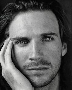 Ralph Fiennes Beautiful Eyes