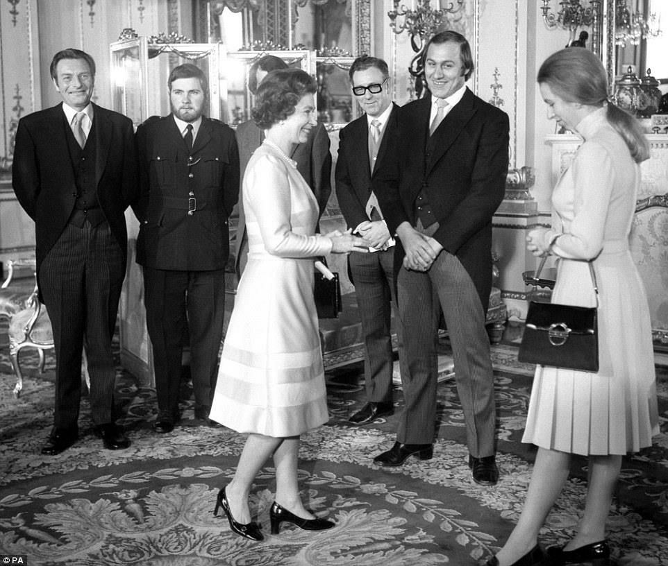 1974 : reception after Princess Anne's attempted kidnapping