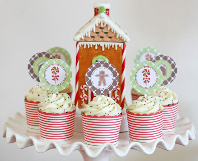 An Adorable Gingerbread Decorating Party