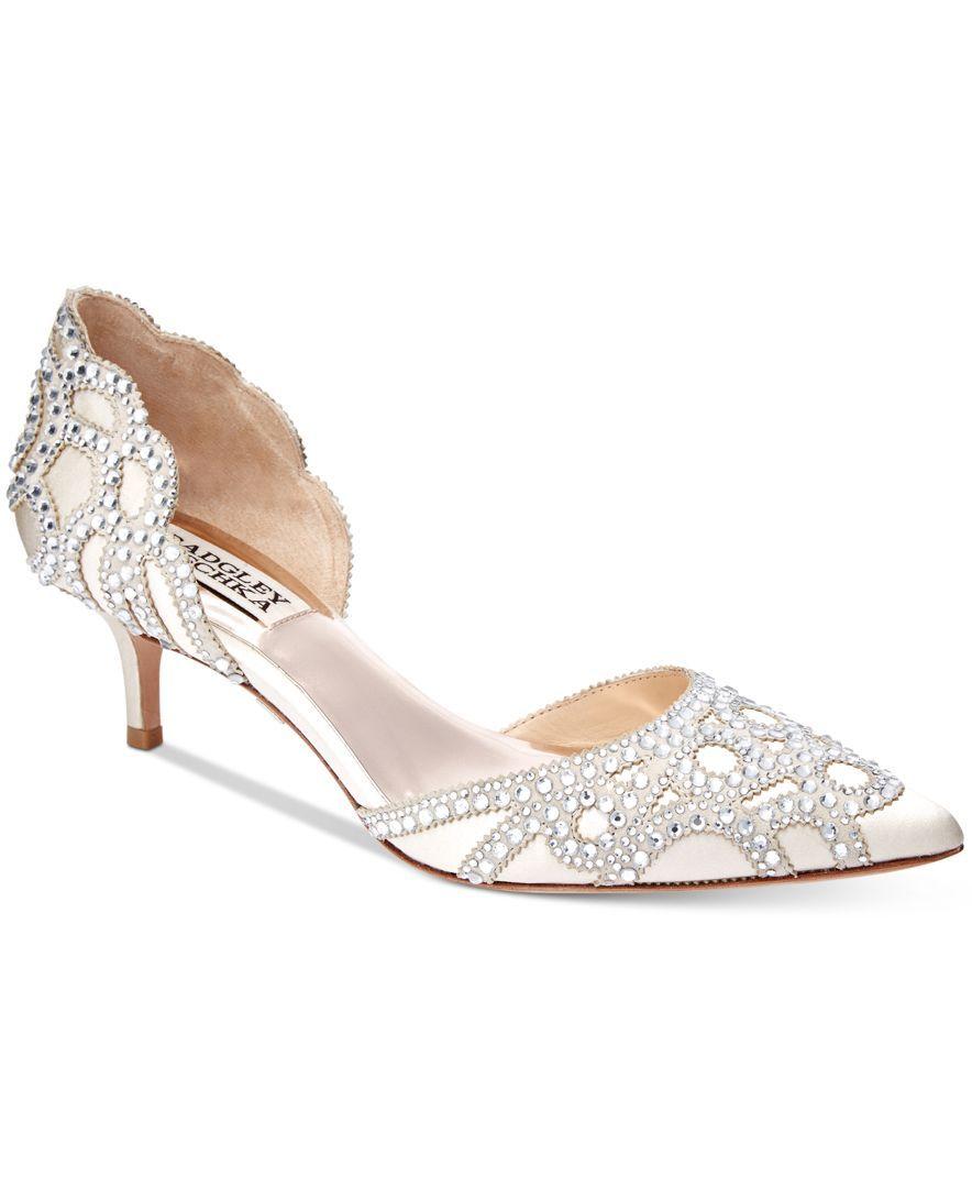 Breathtakingly Timeless Badgley Mischka S Ginny Pumps Combine The Classic D Orsay Silhouet Kitten Heel Wedding Shoes Bridal Shoes Low Heel Wedding Shoes Heels
