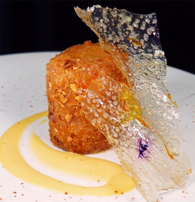 Rulo de cordero crujiente a baja temperatura, vichysoisse y patata cristal de Álex Duque