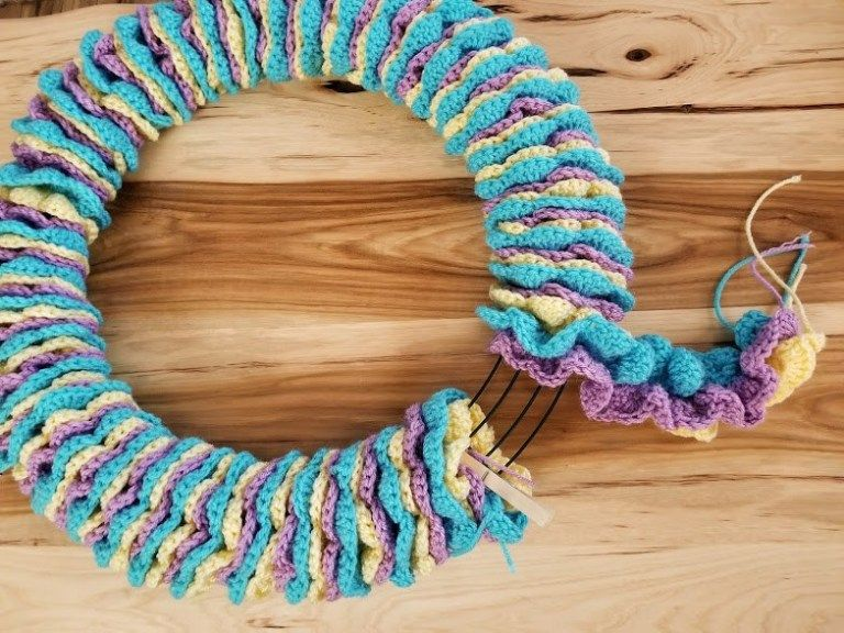 Photo of Easter Wreath – Free Crochet Pattern – Highland Hickory Designs