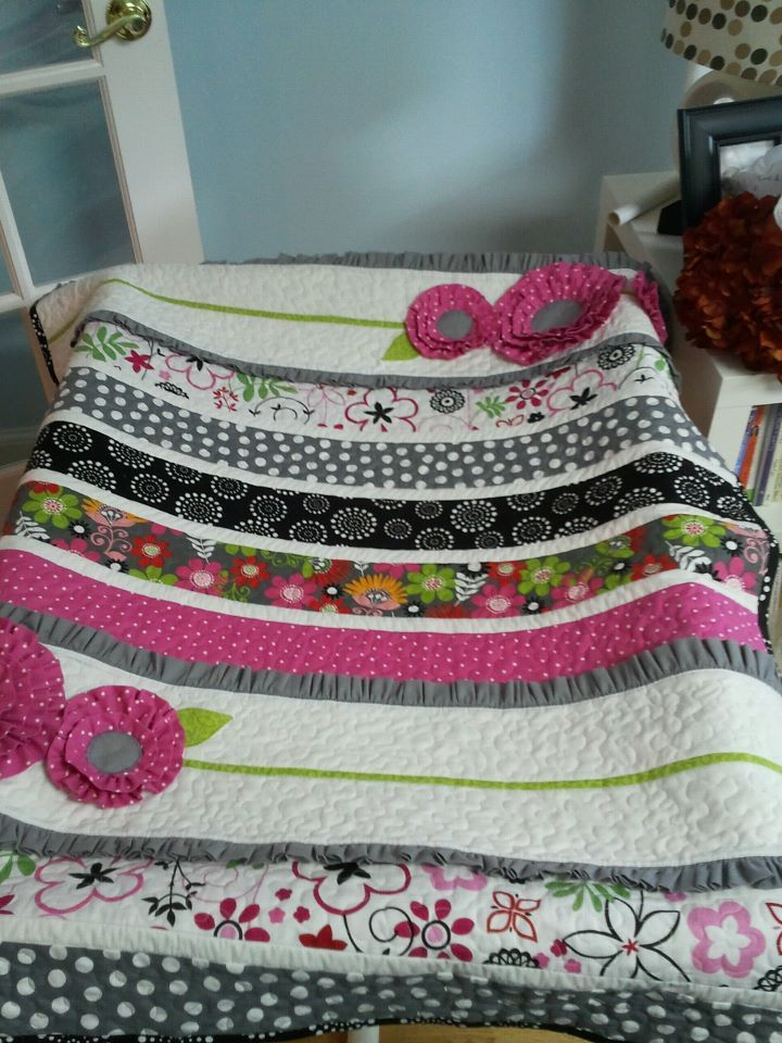 My twist on the  pocket full of posies  quilt pattern. | A little ... : pocket quilt pattern - Adamdwight.com
