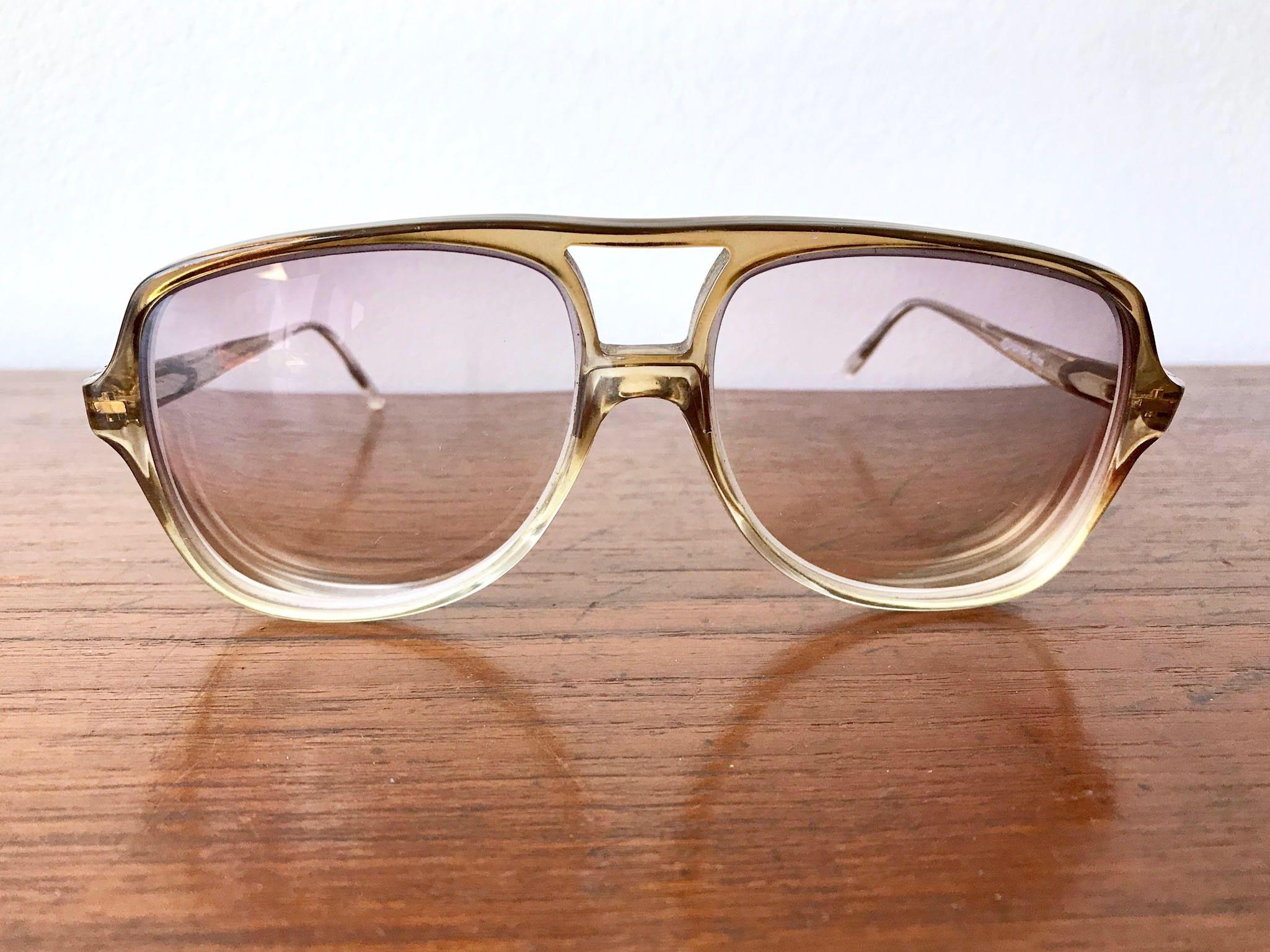 0ef43858af 70 s Two Tone Aviator Eyeglasses - Men s Oversized Prescription Eye Glass  Frames - Aviator Clear to Brown Prescription Eyewear Tiflex Frames