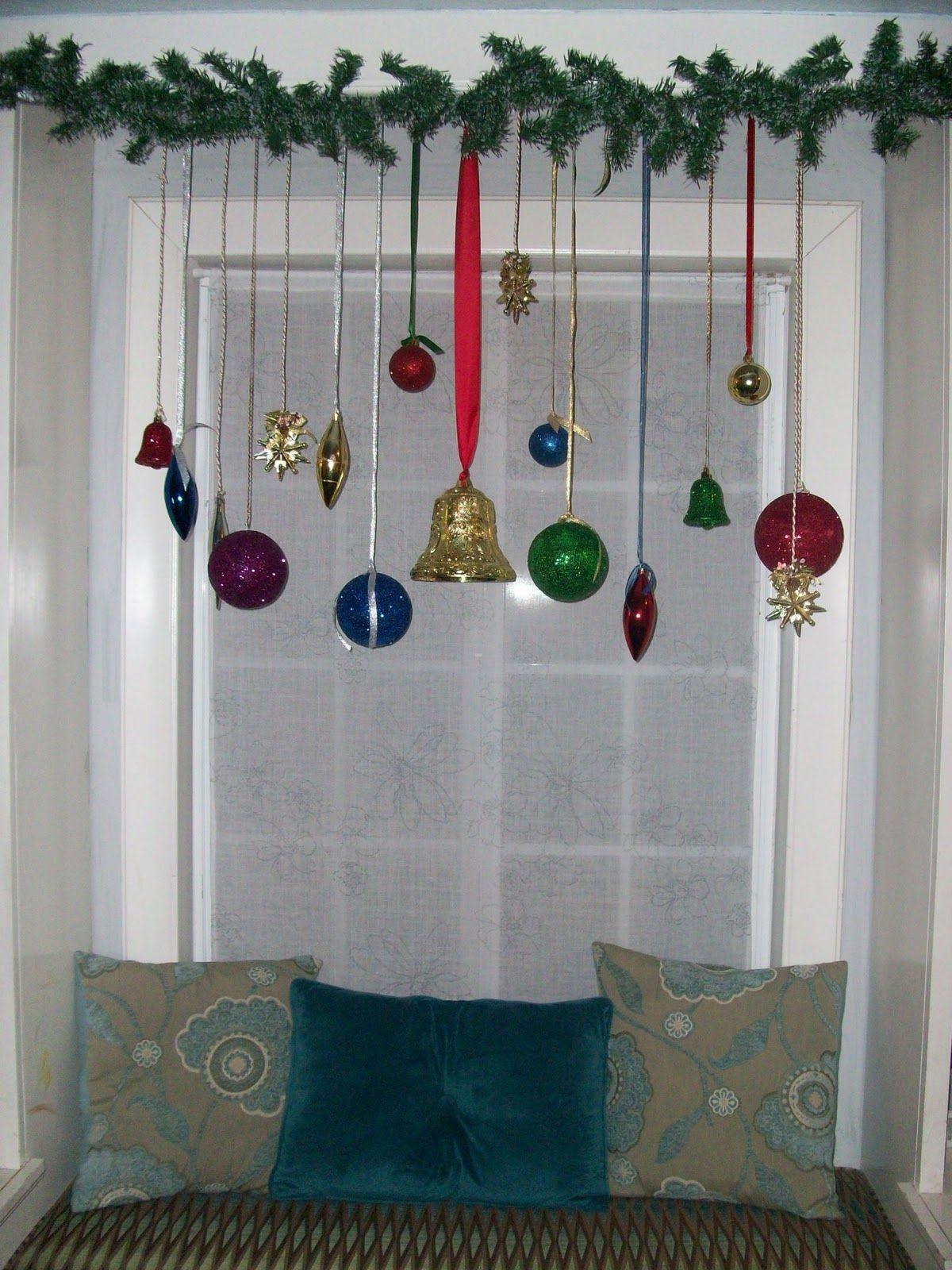 Resultado de imagen de imagenes cortineros navide os for Arreglos navidenos para puertas 2016