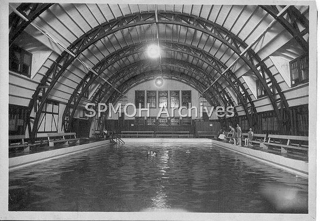Spa Pool   Flickr - Photo Sharing!