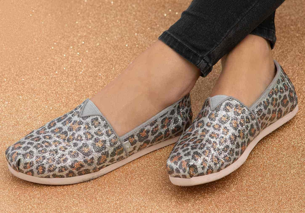 Photo of Glitter Cheetah Print Women's Classics