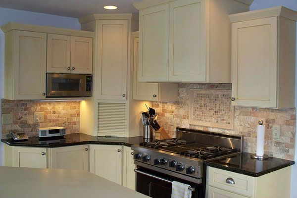 Cream Colored Kitchen Cabinets For Country Cabinet