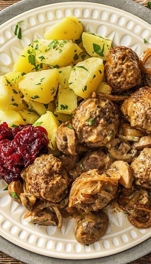 Köttbullar Soße Rezept : k ttbullar schwedische hackb llchen mit champignon rahm so e recipe winterzauber w rmende ~ Buech-reservation.com Haus und Dekorationen