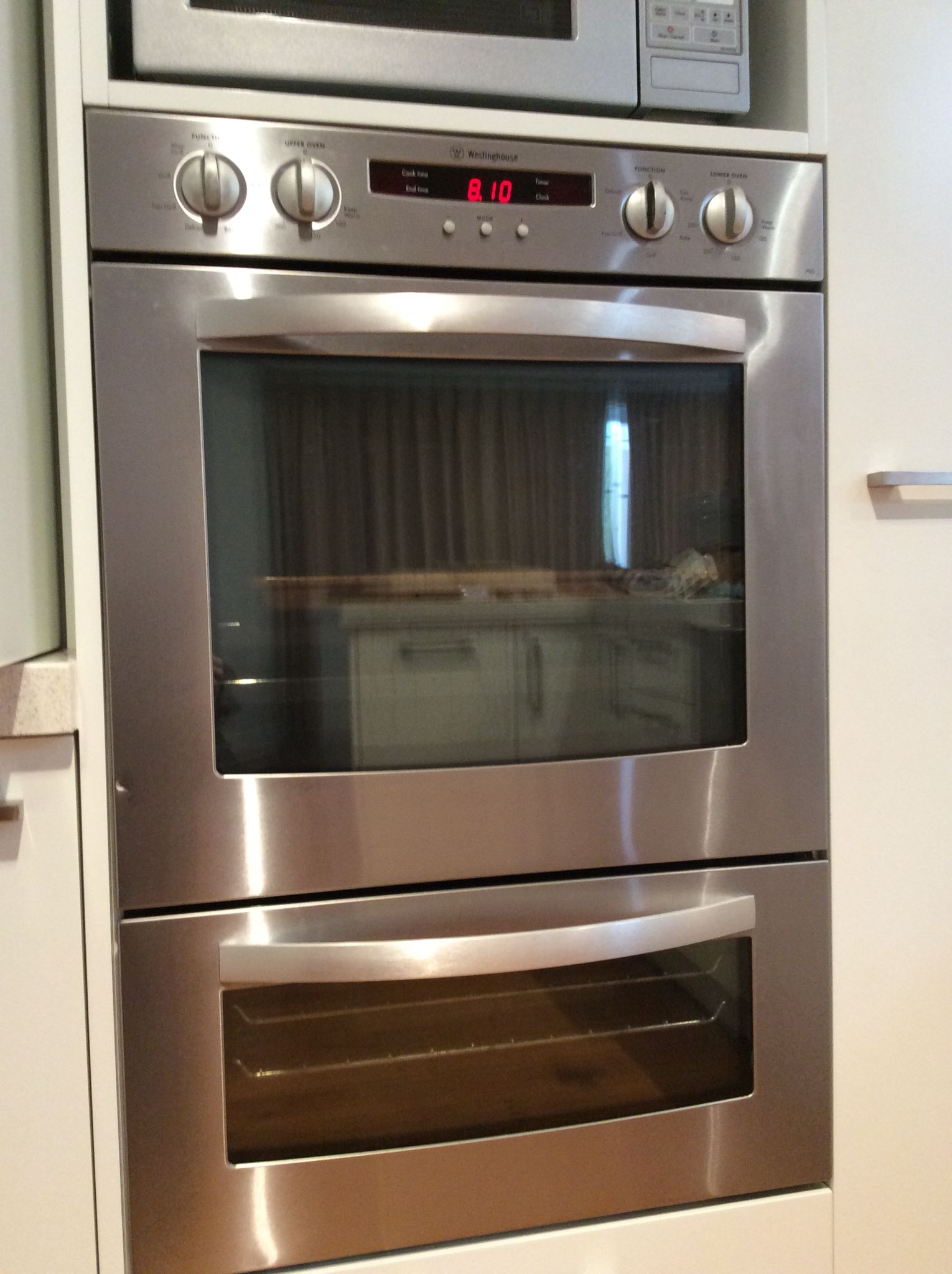 Westinghouse double oven - our old oven. Needs to be a double oven ...