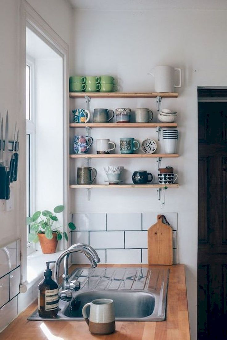 50 Amazing Small Apartment Kitchen Decor Ideas #smallkitchendecoratingideas