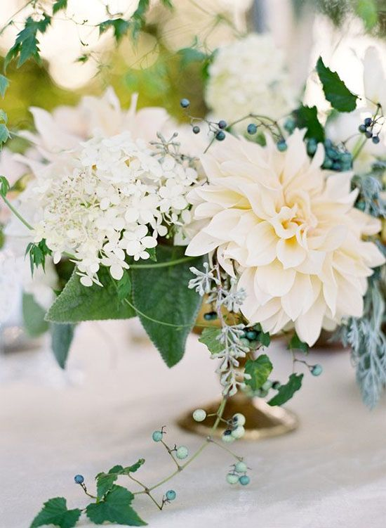 Dahlias, floral, flowers, inspiration, bouquets, bridal, wedding, center pieces, arrangements