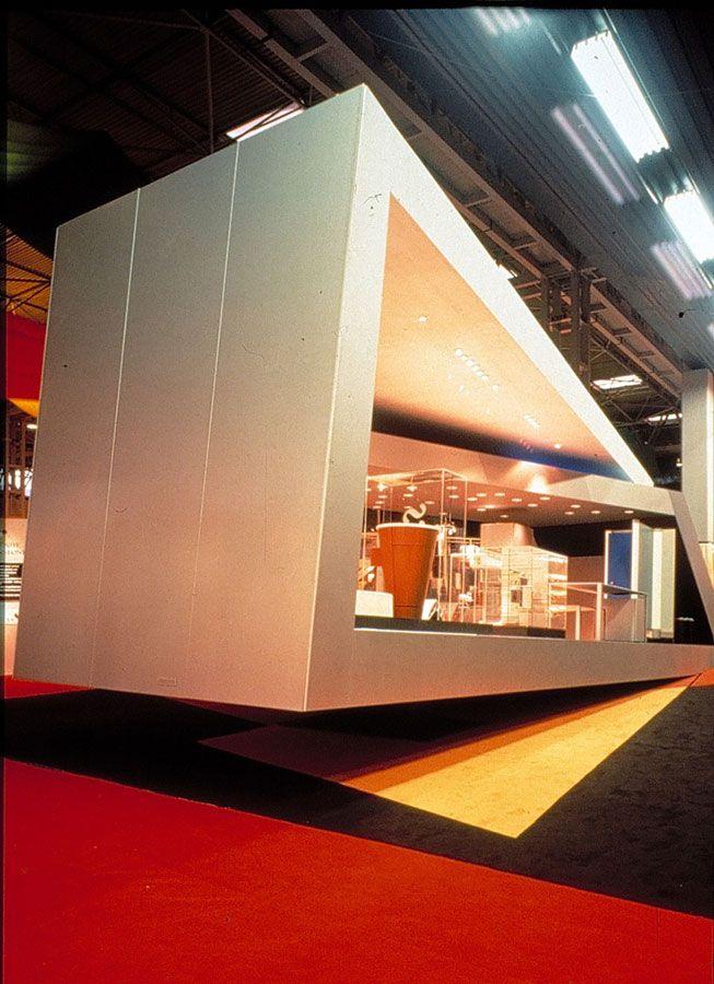 Resultado de imagen de zaha hadid stand TFM ZARA HADID Pinterest - new blueprint interior design magazine