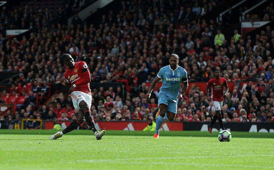 The Marquee Frenchman Dragged His Early Shot Wide Of The Stoke Goal When He Really Should Have Scored Manchester United Soccer Field Soccer