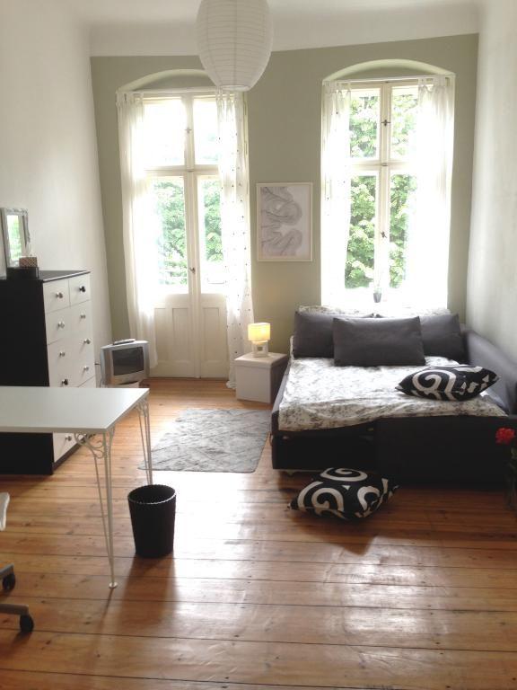 Top Eingerichtetes Schlafzimmer! Die Kombination Von Schwarz Und Weiß Ist  Ein Beliebter Klassiker. #