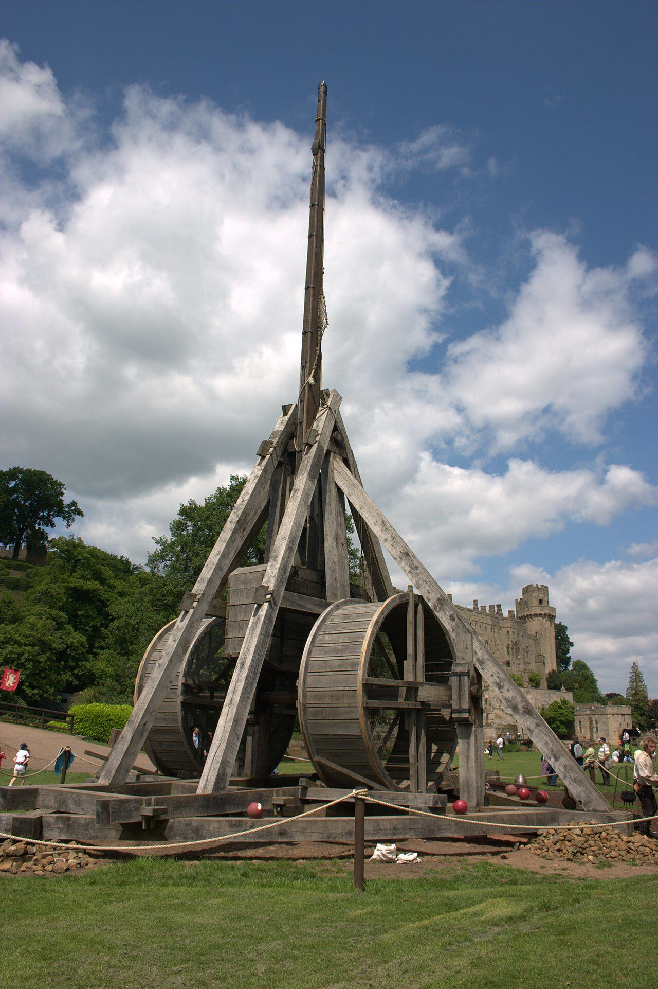 Trebuchet At Warwick Castle England Siege Engines Pinterest Diagram Of Our Castles In Medieval Weapons