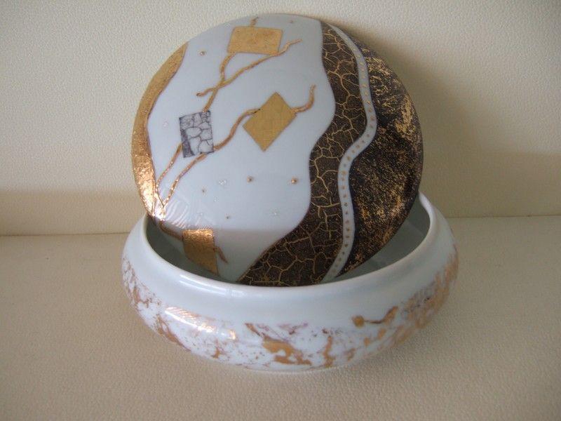 peinture sur porcelaine mod les gratuits recherche google vazo pinterest motif gratuit. Black Bedroom Furniture Sets. Home Design Ideas