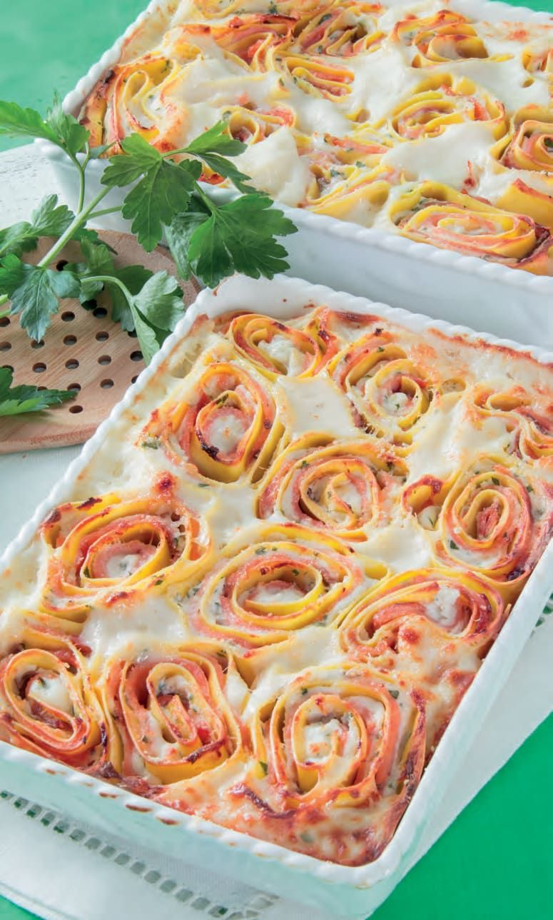 Photo of Rose di pasta al salmone e besciamella ripassate in forno | …