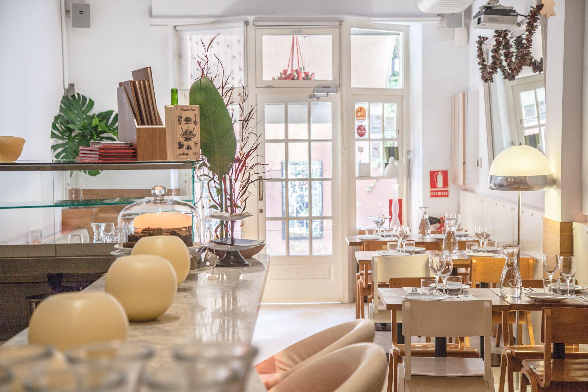 Benvingut Al Gut Barcelona Carrer Perill 13 Restaurantes Restaurante Vegetariano Cocina Mediterranea