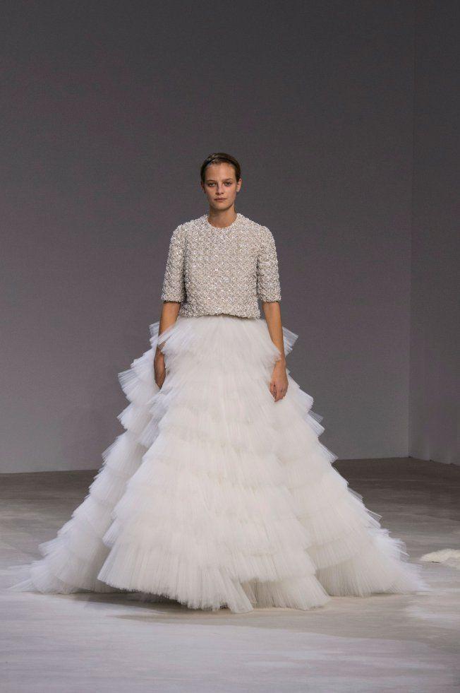 4675d2ee869 Les plus belles robes de mariée Haute Couture Valli printemps-été 2016