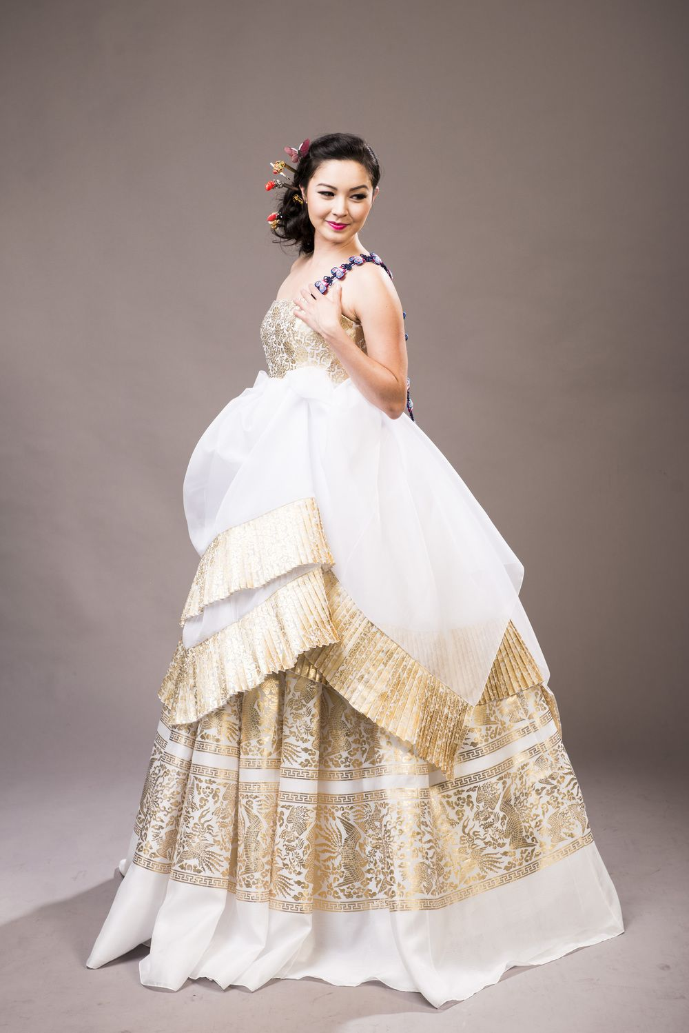 Gold And White Fusion Hanbok Wedding Dresses Korean Traditional