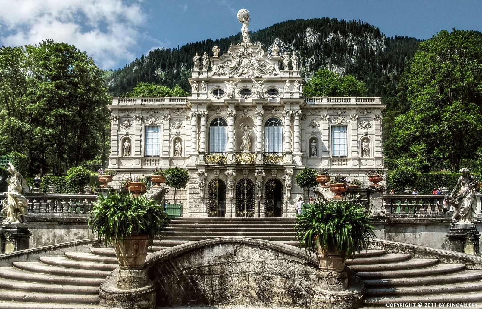 Ettal - Castle Linderhof | Fairytales | Pinterest | Castles and ...