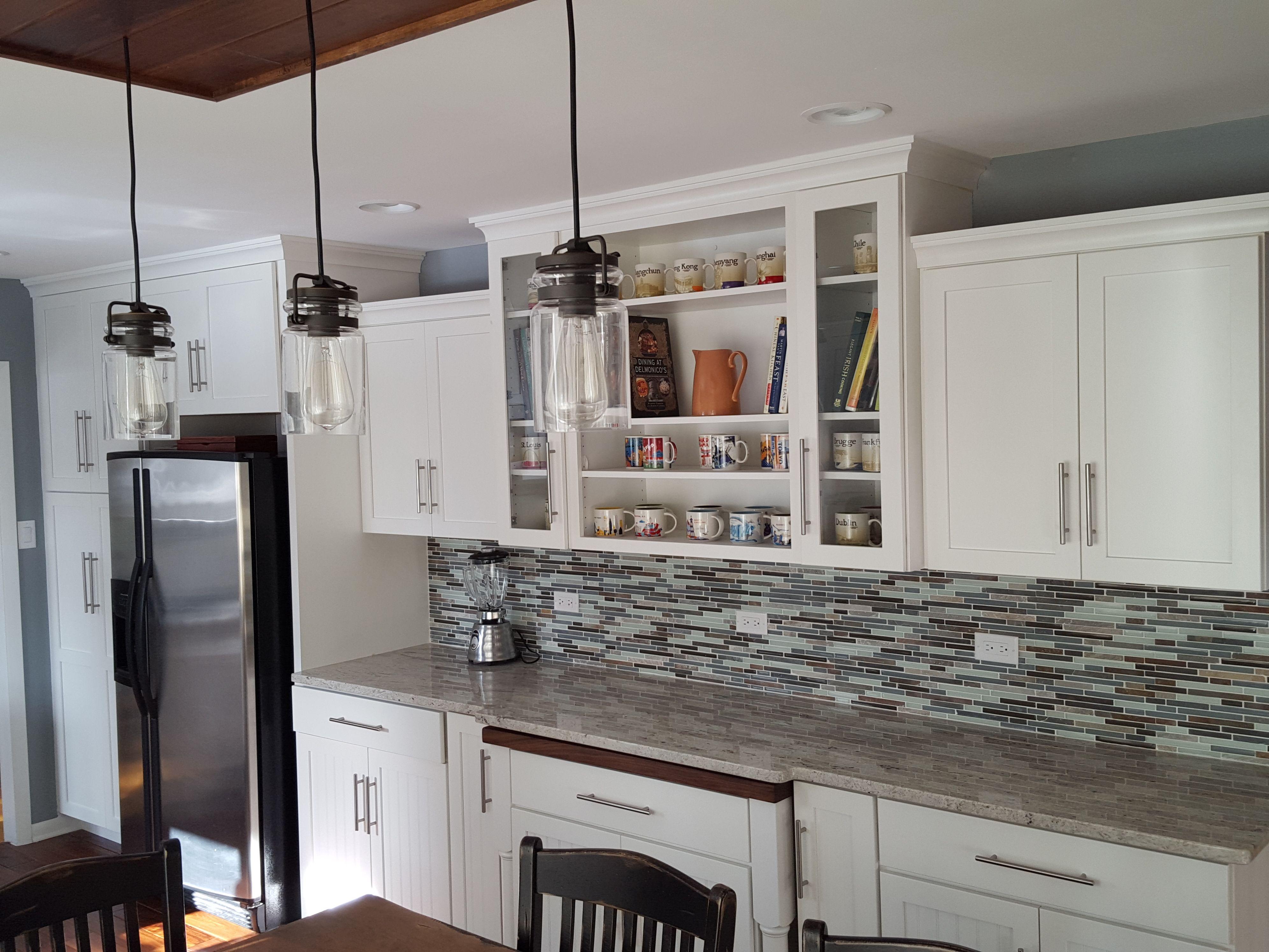Best White On Gray Kitchen Grey Kitchen Kitchen Kitchen 400 x 300