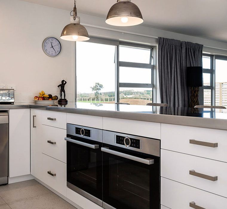 Large Double Under Bench Bosch Oven In A Modern Designer