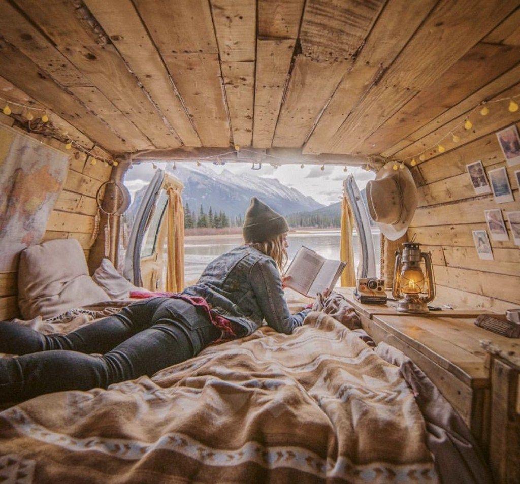 implantation lit fourgon am nag camion fourgon. Black Bedroom Furniture Sets. Home Design Ideas