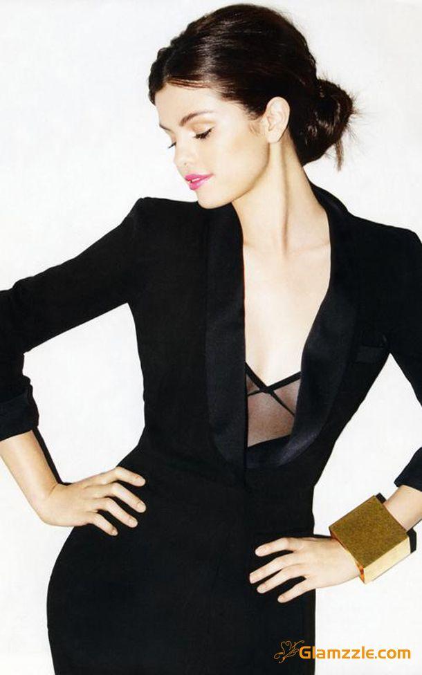 Selena Gomez In Black Chic Dress