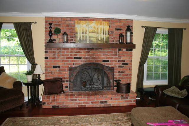 White Washed Brick Fireplace~Tutorial Before  Http://www.theyellowcapecod.com/2012/03/white Washed Brick Fireplacetutorial.html