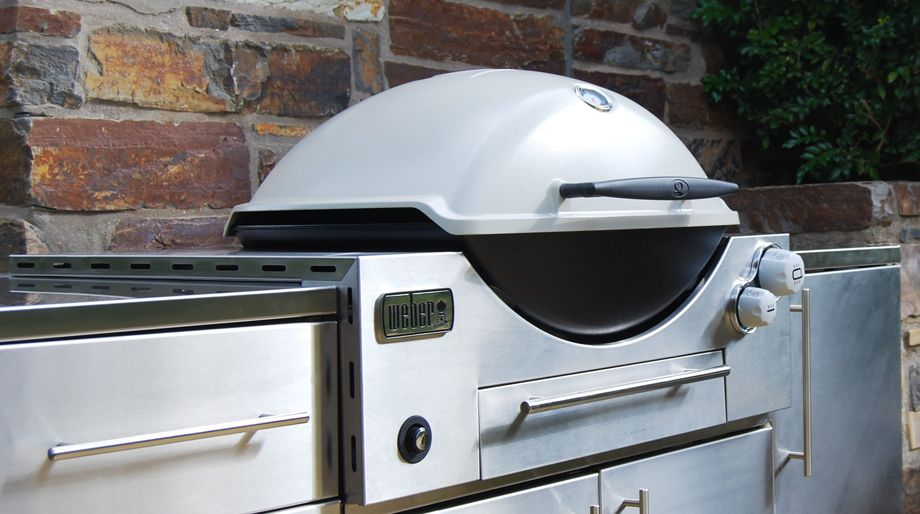 Weber Family Q 3600 Built In BBQ