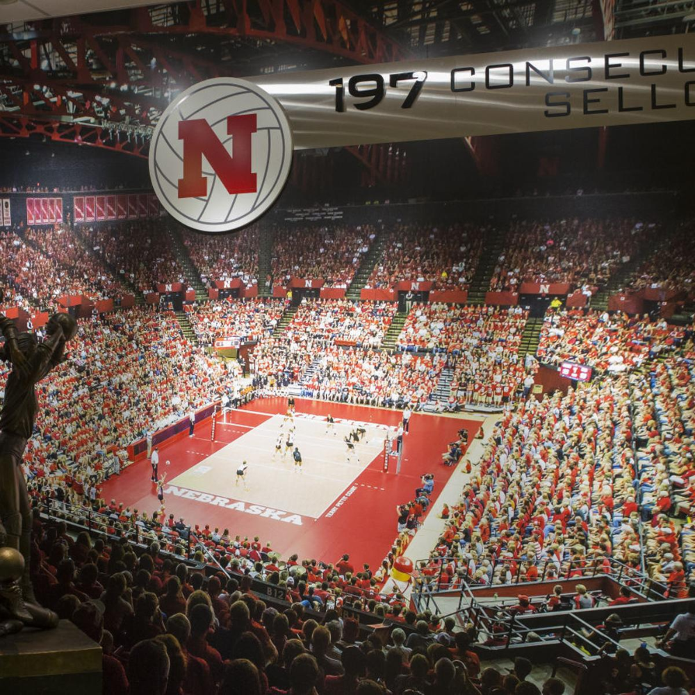 Record Regular Season Sellout Streak In 2020 Volleyball High School Soccer Coaching Volleyball