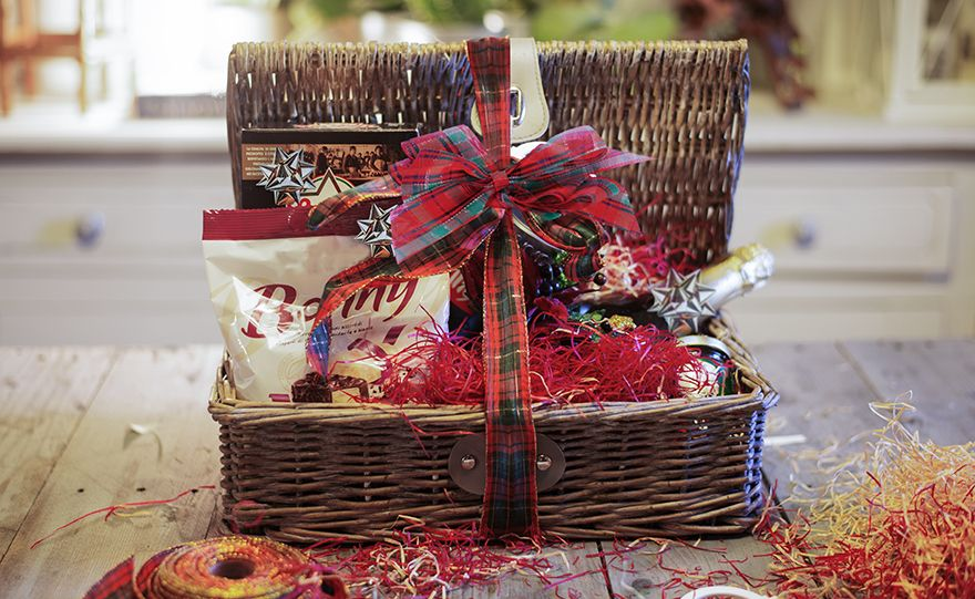 Cerchi un'idea per decorare Cesti Regalo di Natale? | Cesti regalo