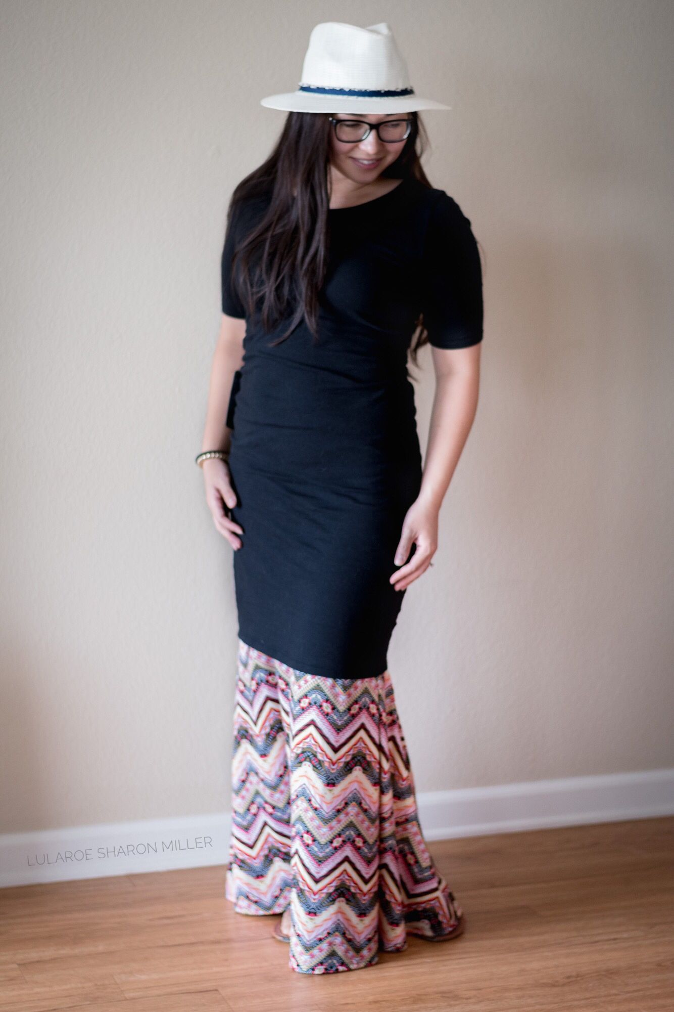 1725a5995 Turn the Lularoe maxi into a mermaid dress by layering with a Lularoe Julia!