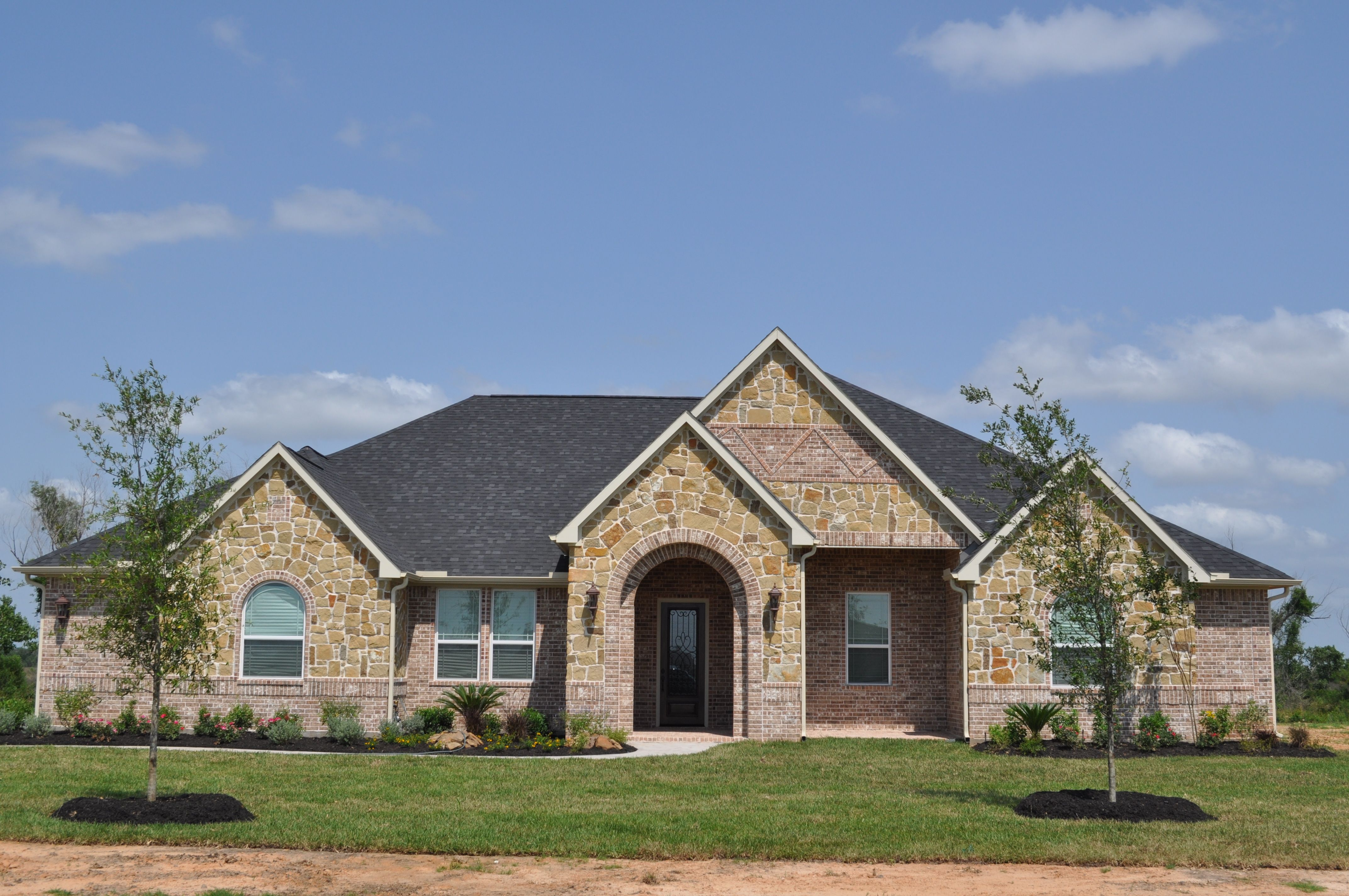 Single Story Home In Katy Built In 2012 By New Tradition Builders