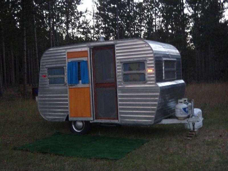 1954 Platt Trail A Home Vintage Camper Vintage Camper Vintage House Vintage Campers Trailers