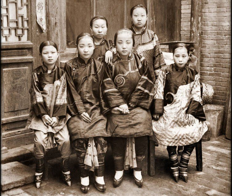 The Chinese Tradition Of Foot Binding Started Thousands Of