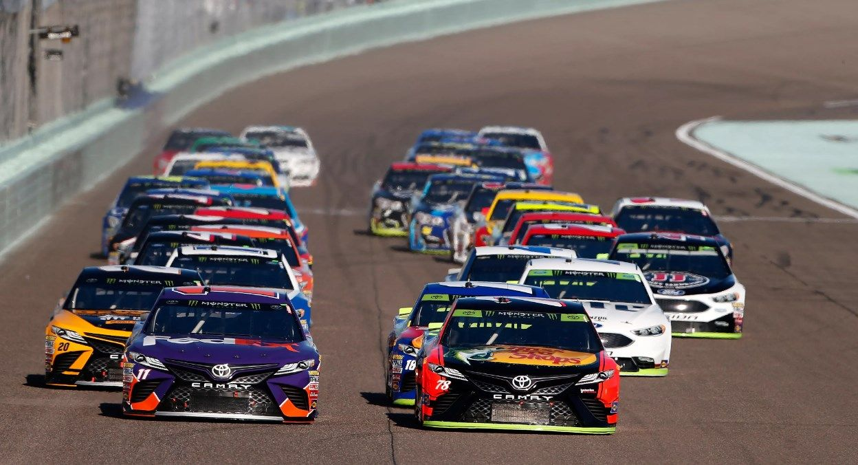 Watch Nascar Playoffs Live Streaming Online Live Https Watch Live Net Nascar Playoffs Nascar Playoffs Racing