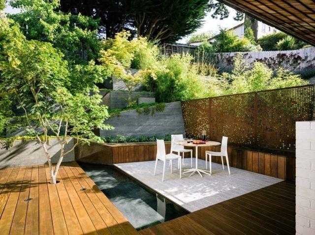 moderne gestaltung garten am hang terrasse holzdeck metall zaun garden pinterest holzdeck. Black Bedroom Furniture Sets. Home Design Ideas
