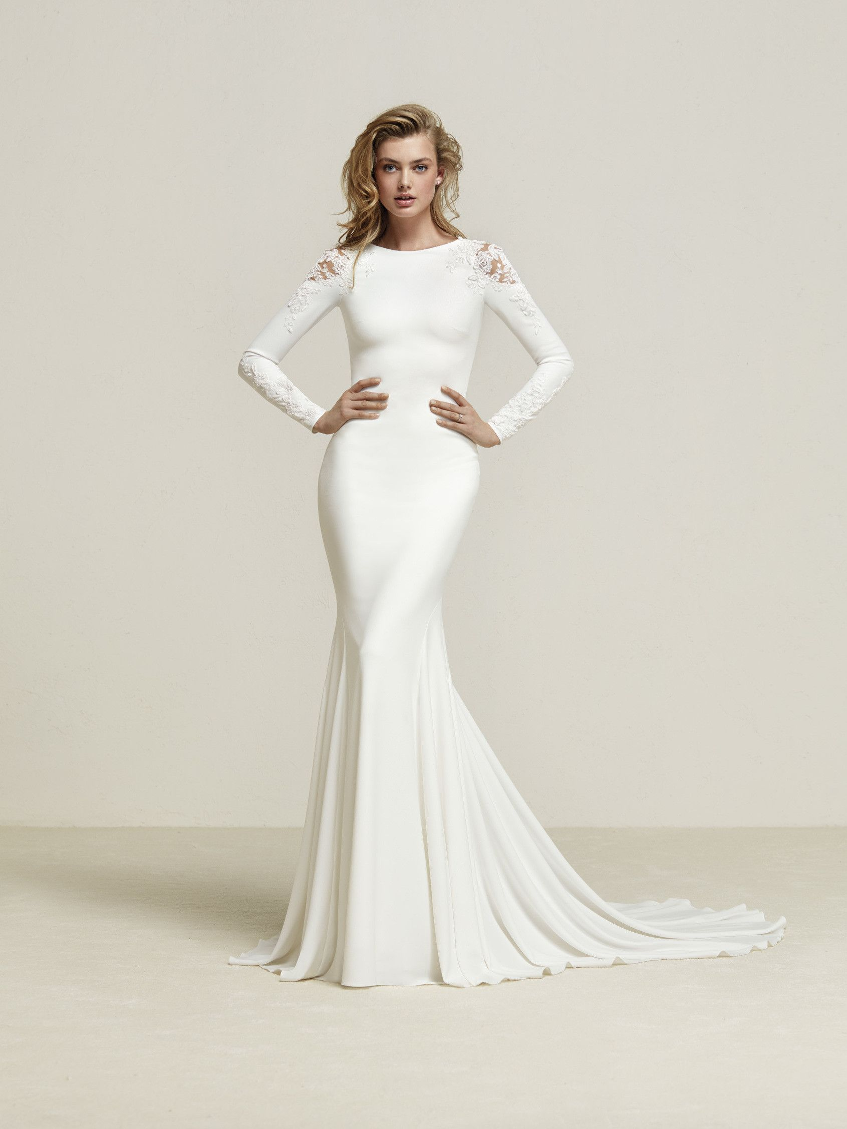 bd55a49bf00 Gorgeous crepe Pronovias gown! Long sleeves with shoulder illusion ...